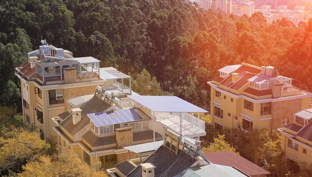 Restar 2.4KWp المنزلية نظام اتصال الشبكة الشمسية على السطح في يونان ، الصين.